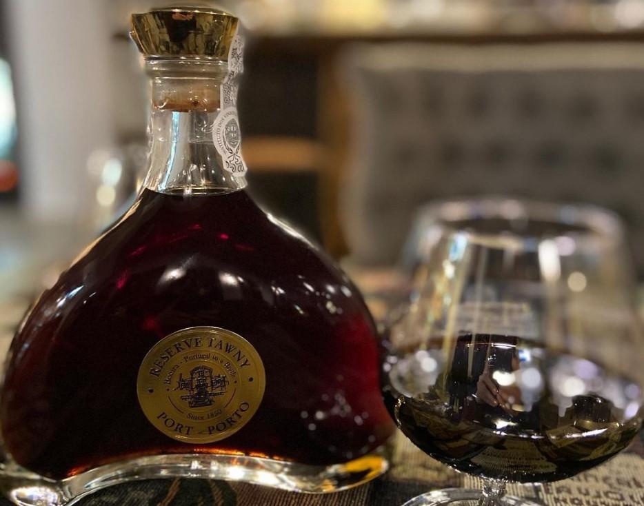 Портвейн: самый недооцененный напиток, который стоит распробовать