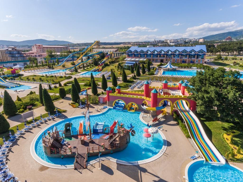 Самые лучшие аквапарки России — Топ 10