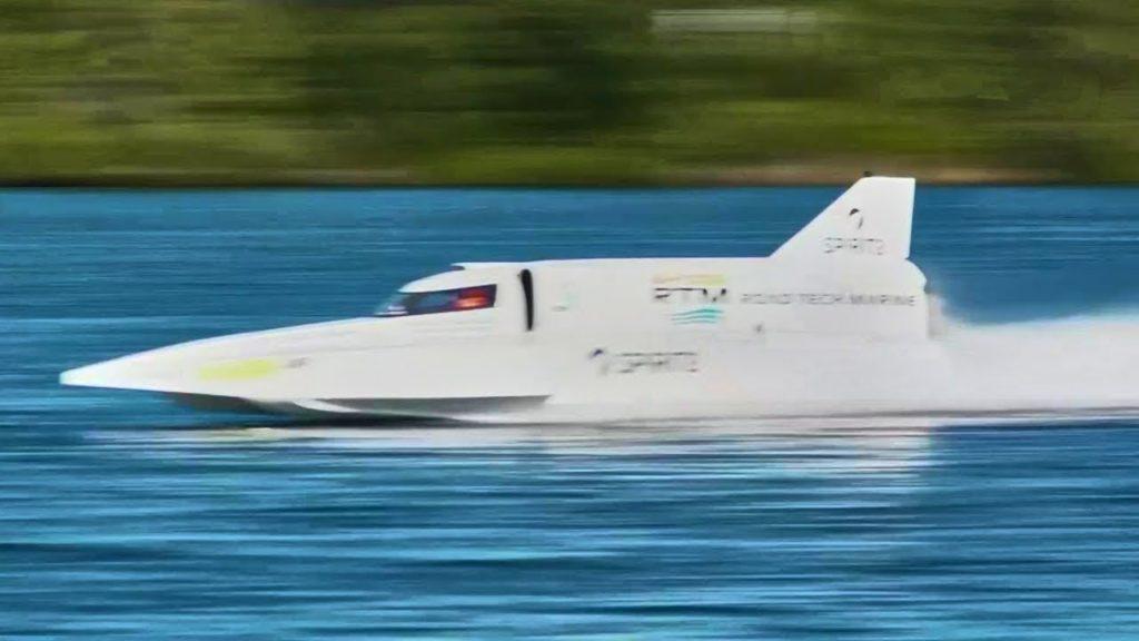 самая быстрая лодка в мире