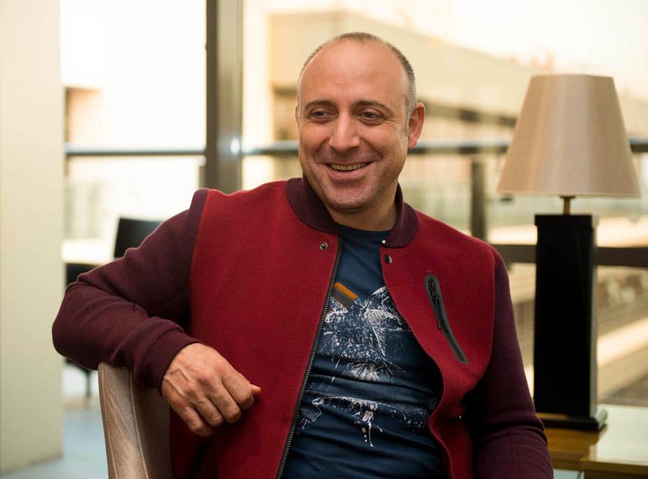 Популярные турецкие актеры мужчины: 10 фото