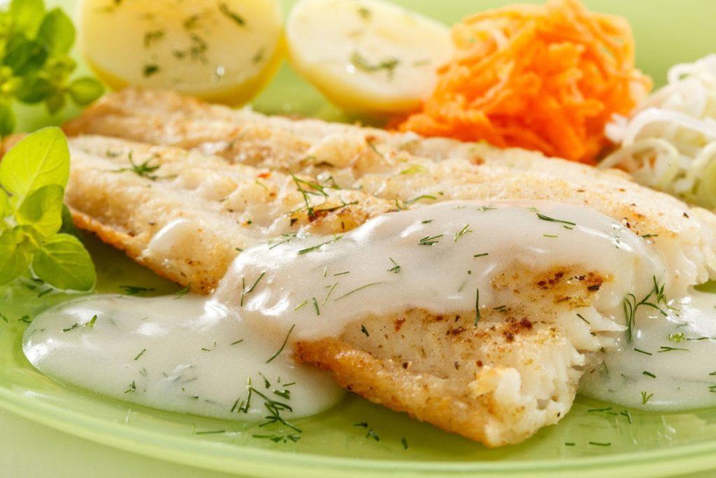 рецепт Судак с чесноком, имбирем и острым перцем