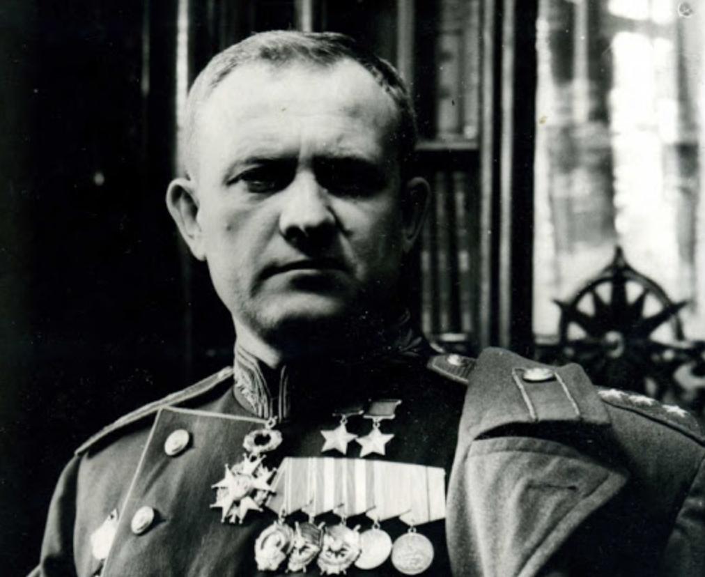 Молодой генерал СССР