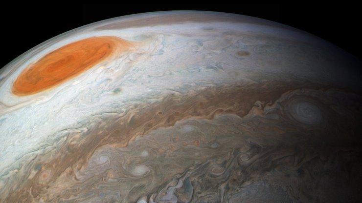 Юпитер пятно