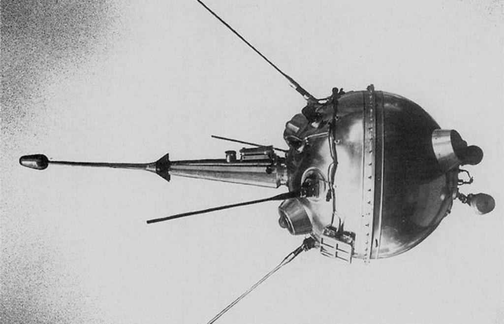 Пилотируемые полёты на луну