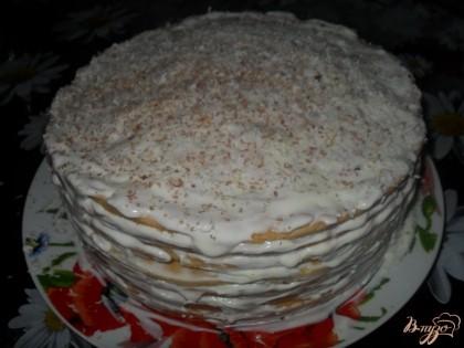 Готово! Торт сверху посыпать тертым шоколадом. Поставить в холодильник минимум на 12 часов. Приятного аппетита!