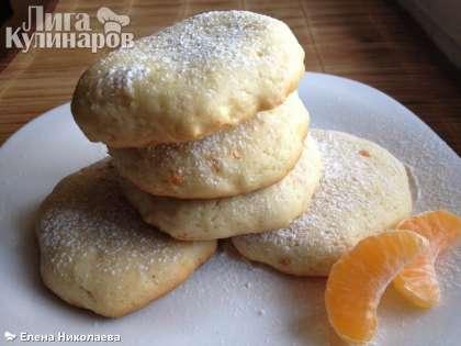 Остудите печенье и посыпьте его сахарной пудрой.  Прекрасный рецепт для утилизации сыворотки!