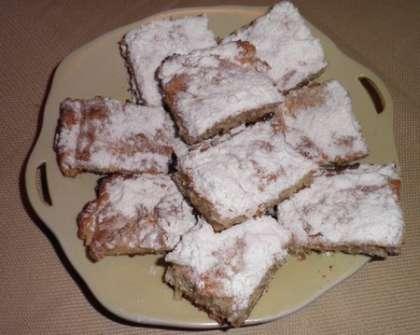 Разрезать пирог на равные квадратики
