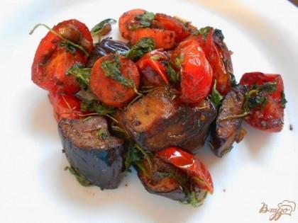 Готово! Готовый гарнир из баклажанов подаем  с мясом. Приятного аппетита!
