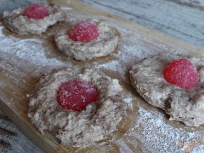 Ставим печенье выпекаться в духовку (180 градусов в течение 12 минут).