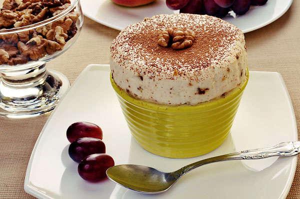 Парфэ с грецкими орехами и медом