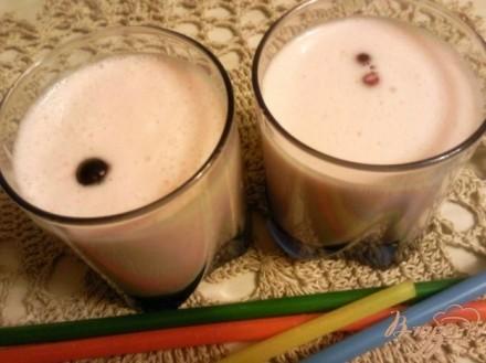 Десерт из сливок и фруктового желе