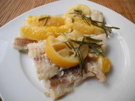 Рыба с розмарином и апельсином