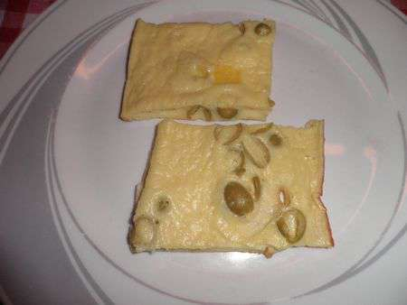 Омлет с сыром и оливками