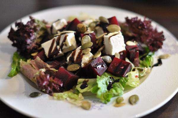 Салат из свеклы с фетой