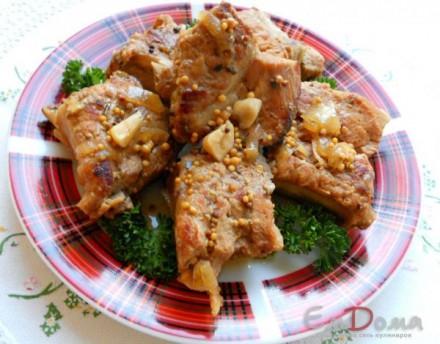Свиные ребрышки в медово-горчичном маринаде