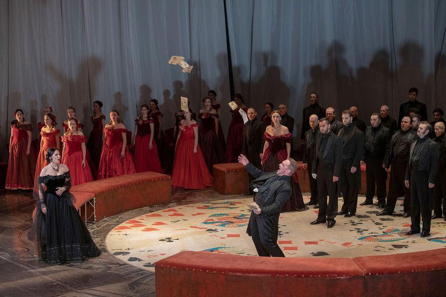 Дела сердечные на сцене оперной