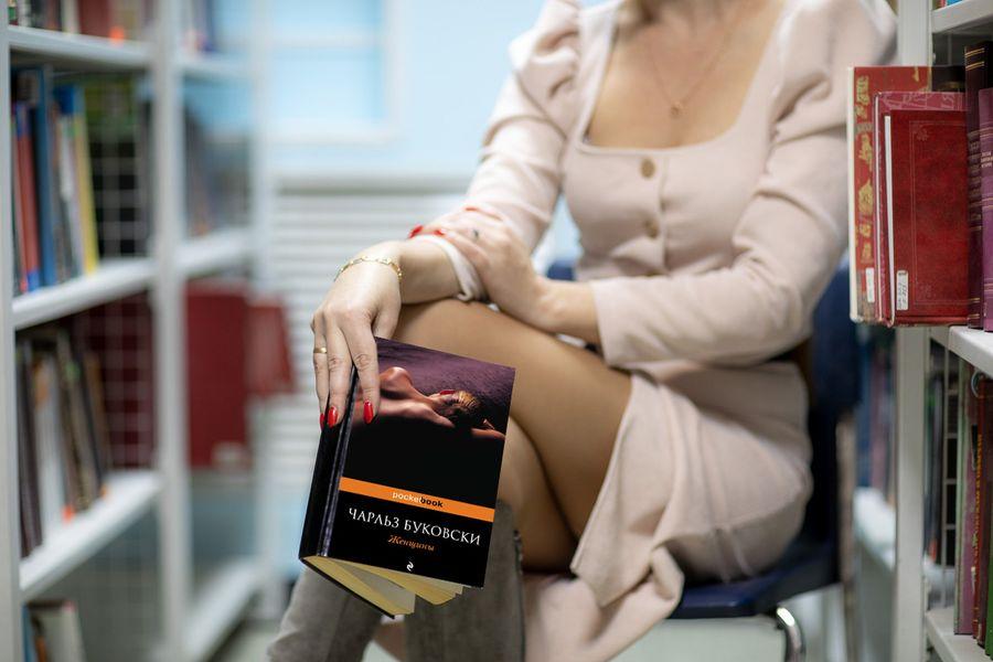 Оргии, секс-туризм и эксперименты – выбираем самые горячие книги на выходные