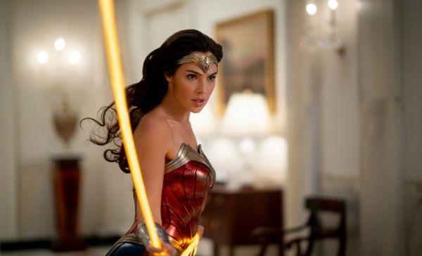 Российский богатырь, чудо-женщина и Антониони – на какие фильмы сходить в выходные