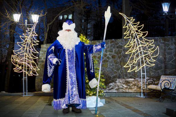Кто «украл» Рождество у России? История одного праздника