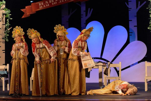 Спектакль «Баба Chanel» в Театре ТОФ