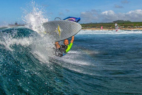 Покоряя ветер и волны: приморский виндсёрфинг