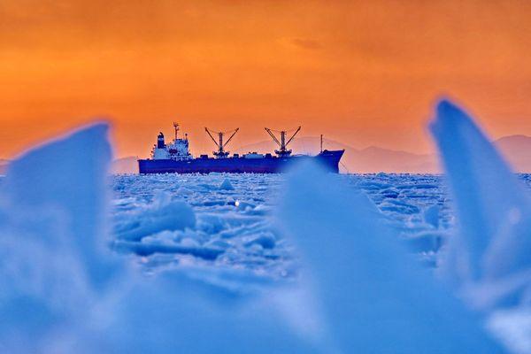 Лёд и пламень: закаты на Токаревской кошке
