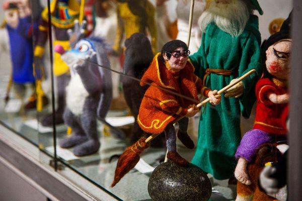Серп, молот и Фаберже: главные выставки января
