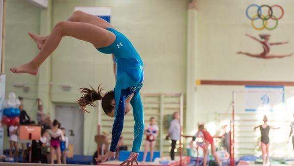 Приморские гимнастки начали год с успешного выступления в Красноярске