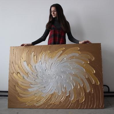 Картины с эффектом золота