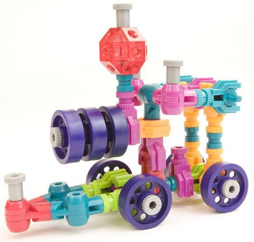 Конструктор Jawbones ПаровозНовый развивающий конструктор Jawbonesот американской компанииShoptaugh Games. При помощи красочных деталей, с уникальным креплением, можно собрать практически любую конструкцию или предмет в оригинальном и неповторимом стиле. Развивающий конструктор Jawbonesдля детей - от 6 лет.