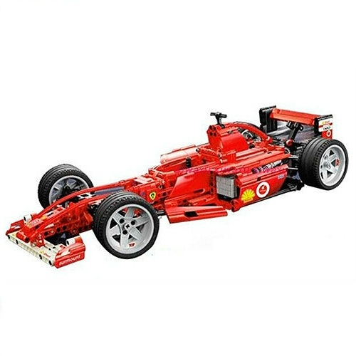 Конструктор Гоночная машинаКонструктор-аналог Lego выполнен из пластика высокого качества.Гоночный автомобиль получается очень реалистичным - у него даже работает двигатель!