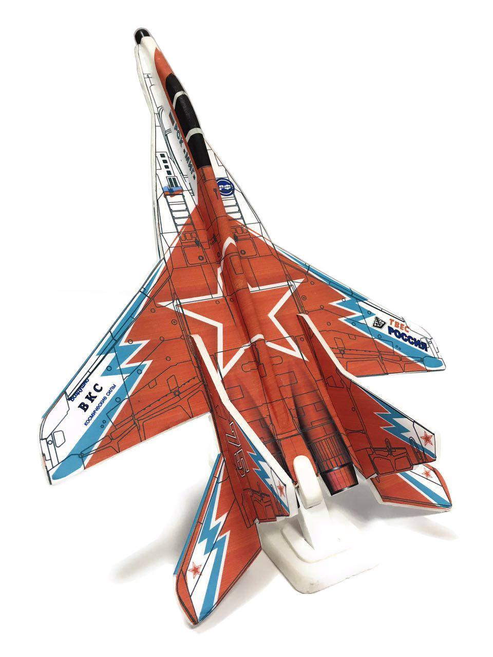 МИГ-29Замечательная модель самолета МИГ-29 от наших друзей – любителей авиамоделизма.Модель разработана командой энтузиастов на Тулиновском приборостроительном заводе, известном своими высокоточными приборами.