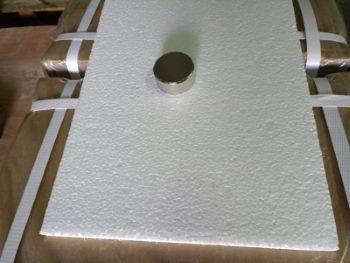 Каждый магнит проверяется на отсутствие сколов и трещин