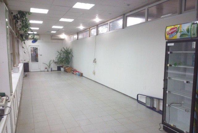 Продажа торговой площади (120 кв.м) в г. Нижний Новгород. Имеется коммерческое предложение в г.Нижний Новгород продажа отдельно стоящее капитальное здание в центре города. Имеются все коммуникации ( вода, канализация, электроэнергия, отопление). Цена: 8,5 (млн.руб.) ☎ Звоните (9-19ч): 8-915-495-04-56