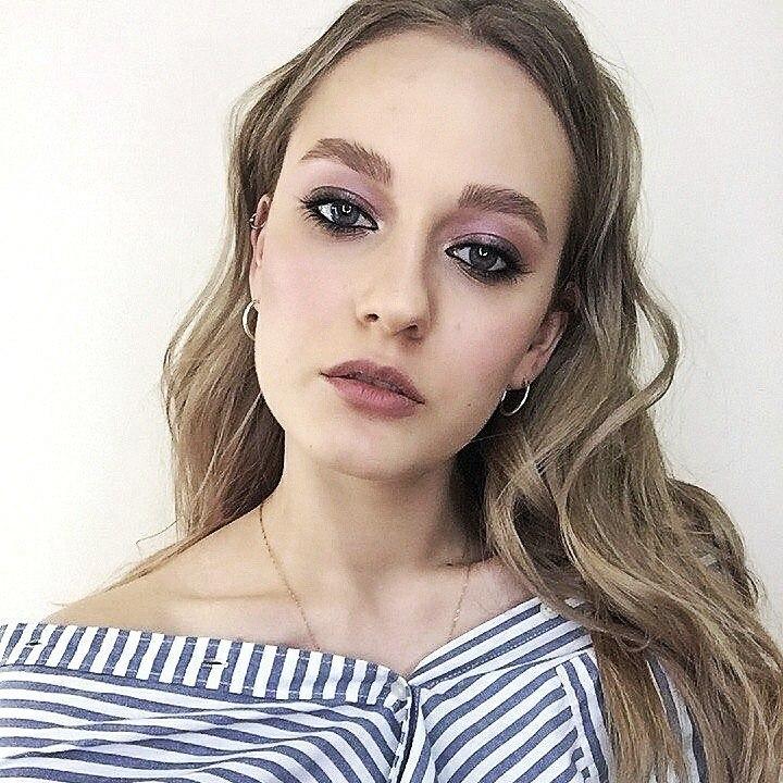 Вечерний макияж-Выразительный макияж глаз-Идеальный тон и конткуринг-Губы-Накладные ресницы