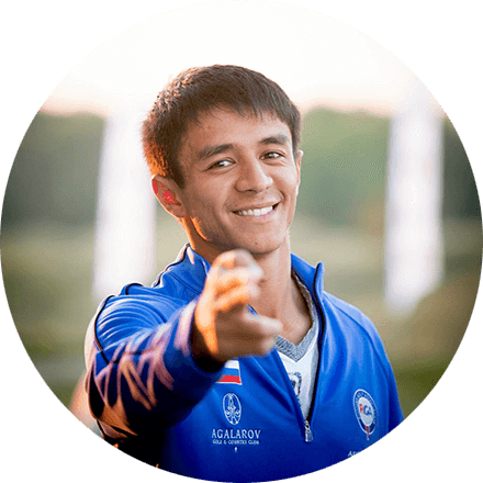 ИскандарТурсуновЧлен Сборной России, многократный победитель и призер всероссийских турниров.Подробнее