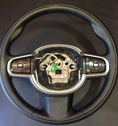 Перетяжка руля Volvo XC90 newNappa и обод выполнен nappa c перфорацией, это сложная работа, перетяжка такого руля занимает 3,5 часа. цена 8000