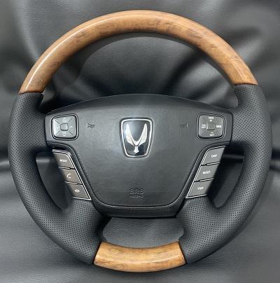 Hyundai Equus6 500 p.перетяжка руля с подогревом и деревянными вставками Наппой с перфорацией
