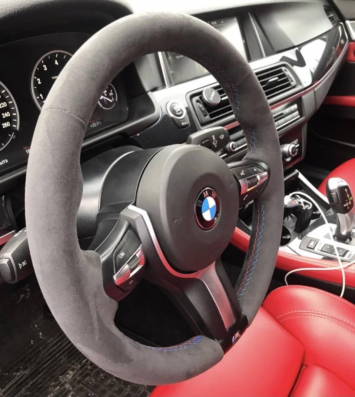 BMW 5 F10Перетяжка руля Алькантарой///Mшовцена 11 000