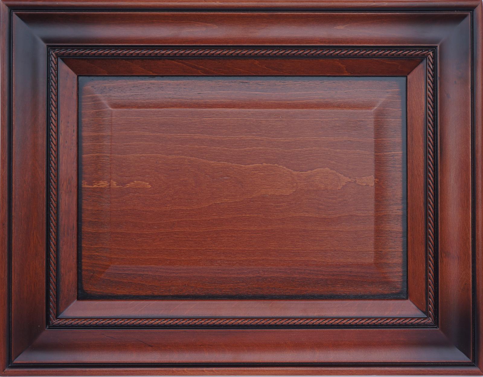 Фасад АдриатикаМожет бытьсделан из массива бука илиясеня, покрашен по палитре Ralи Woodcolor