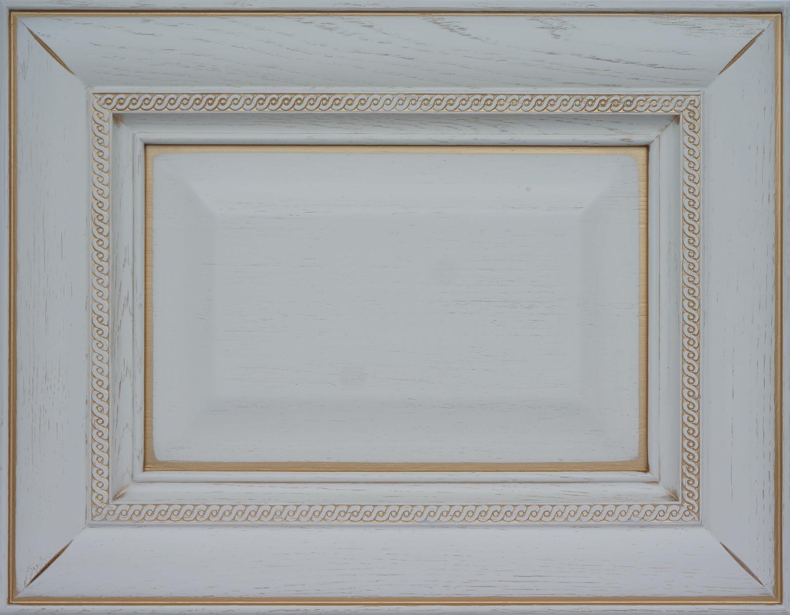 Фасад ГабриэльМожет быть сделаниз массива бука или ясеня,покрашен по палитре Ral иWoodcolor