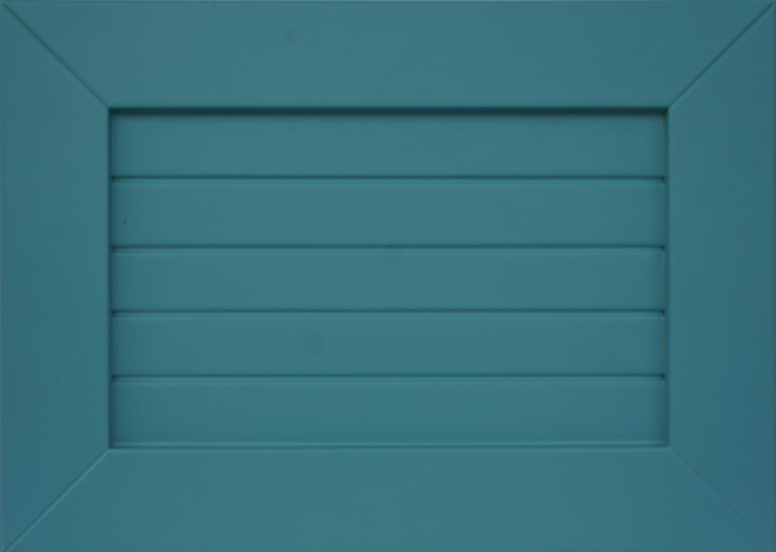 Фасад КарлаИзготавливается из массива бука или ясеня.Окрашивается в любой цвет попалитре Ral и Woodcolor
