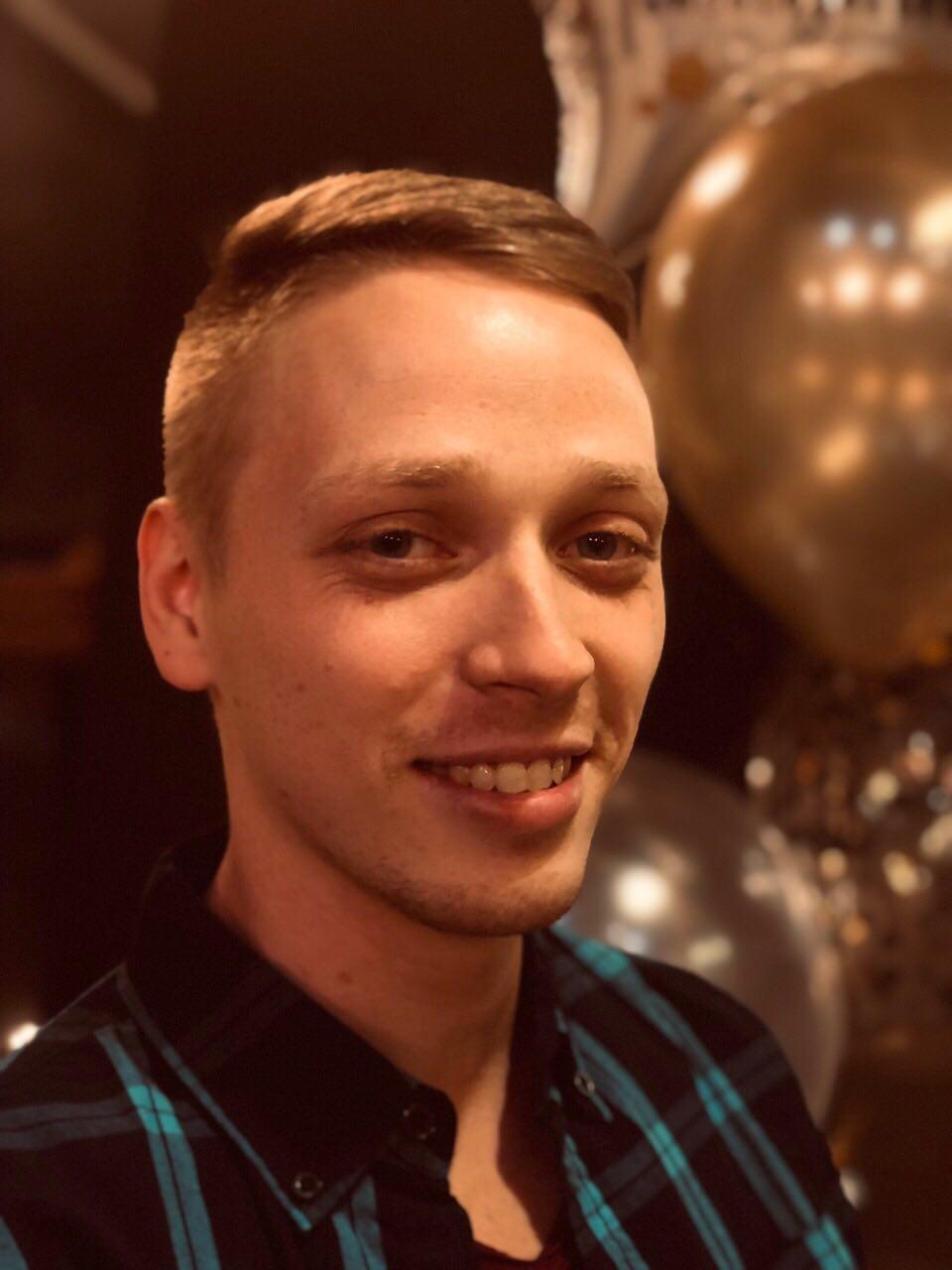 Алексей Старчиков