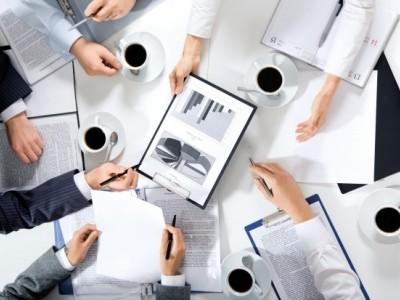 Получение лицензий, разрешений на работу, оформление таможенных документов, поиск офиса и персонала - мы решим все поставленные задачи.