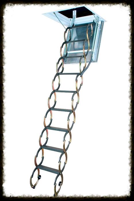 Металлическая термоизоляционная лестница LSТ (-F)Металлическая лестница LST имеет «ножничную» систему складывания, оснащена энергосберегающей термоизоляционной крышкой люка белого цвета. По периметру крышки люка установлен контур уплотнения. Боковые элементы лестницы, выполненные в форме буквы «S», придают лестнице современный вид, выполняя одновременно роль поручней. Лестница проста и удобна в использовании, специальный механизм регулировки угла открывания крышки люка позволяет подогнать высоту лестницы под высоту потолка. Рекомендованная высота для установки лестницы LST – 260-280 см (указана на упаковке). В комплекте поставляются монтажные уголки LXK.