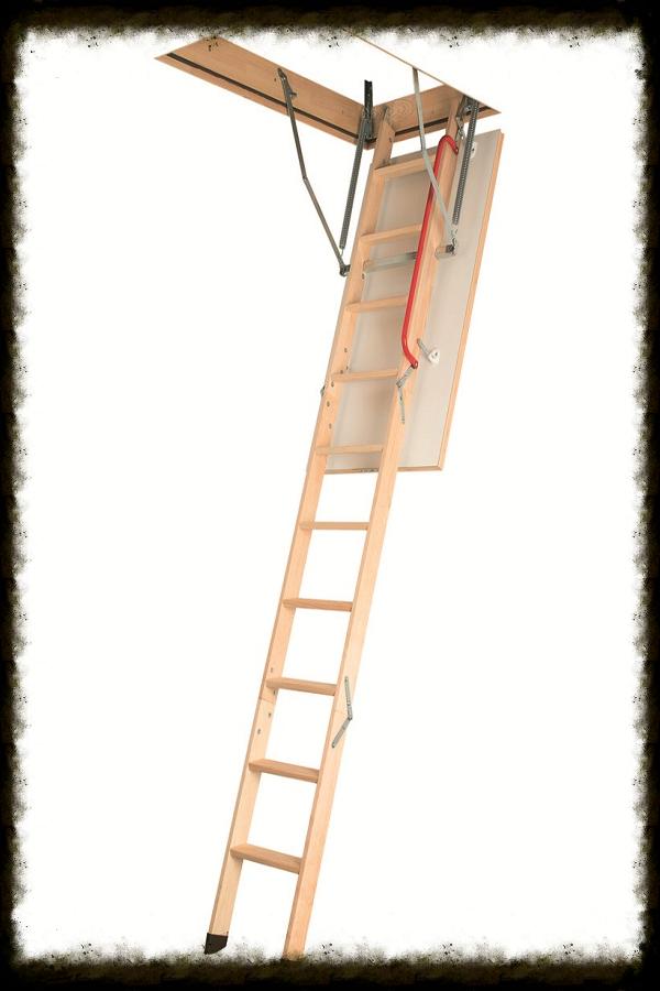 Деревянные лестницы LWК (-Т) PlusЭтот тип лестниц обладает рядом плюсов, которые вы, несомненно, оцените:LWК Plus изготовлена из особо прочных пород дерева, что позволяет ей служить долгие годы.Благодаря компактным размерам лестница не занимает много места и экономит свободное пространство в доме.В складном виде лестница хранится в потолке.Противоскользящие выемки на ступенях обеспечивают безопасный подъем на чердак.Конструкция доступна в трех или четырех секционном варианте.Выдерживает нагрузку до 160 кг.Гарантия 3 года.