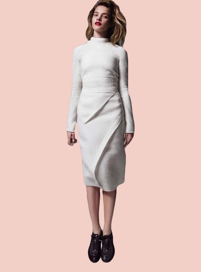 Платье Волна5 900 p.Облегающее платье с вшитыми вставками.