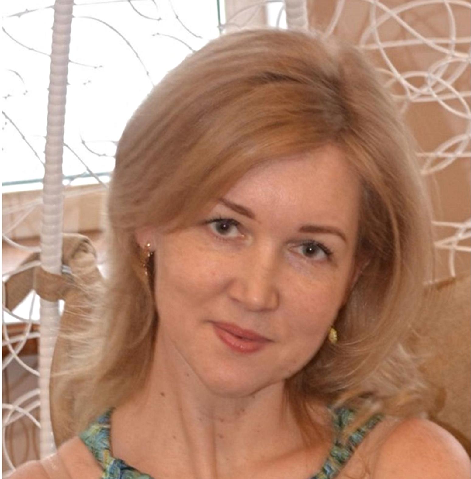 Екатерина (Пушкин) - второй год наша школа работает по программам Happy Intellect. С моей подругой открыли второй филиал в г. Павловске. Спасибо Вам огромное.