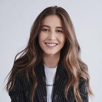 Александра Жаркова