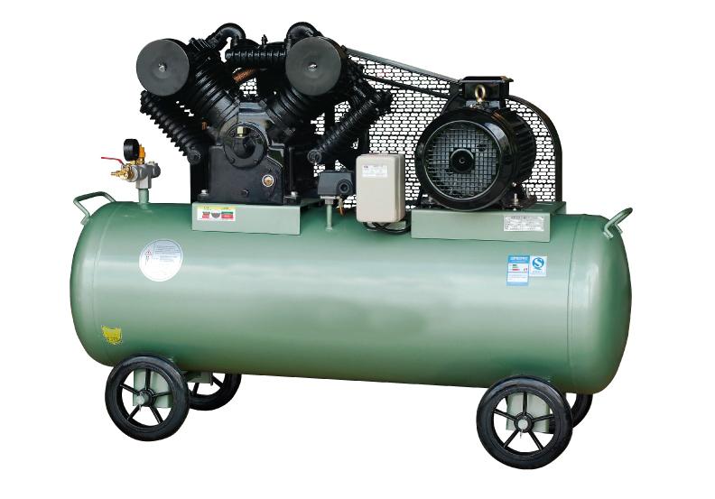 Двухступенчатый поршневой компрессор с ременным приводом 1.5 кВт